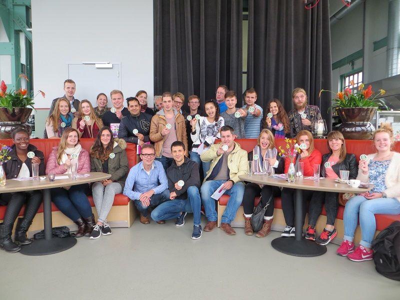 Veel internationale studenten bij tweede euregionale busquiztour van Fontys