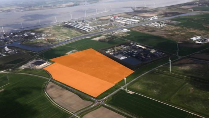 Deutsche bauen größten Solarpark der Niederlande in Groningen