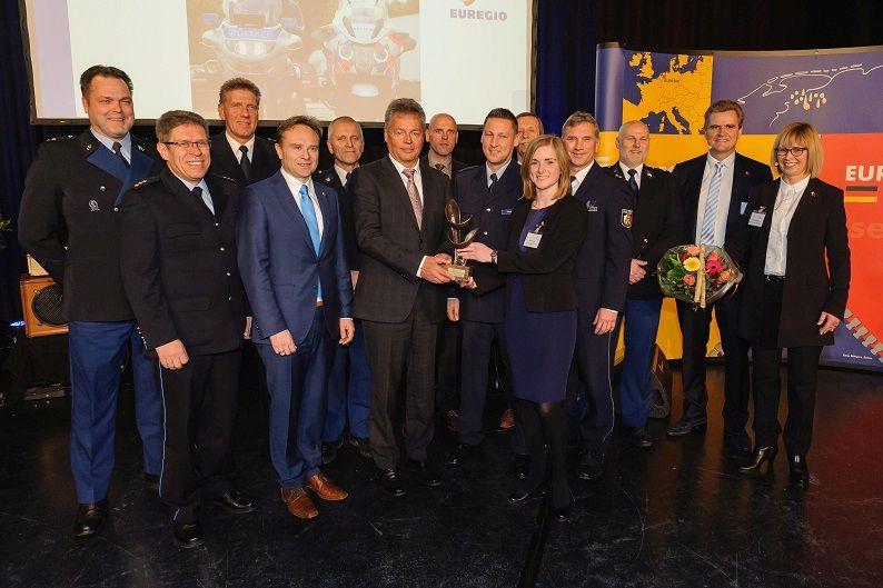 Nederlands-Duits politieteam wint EUREGIO-prijs
