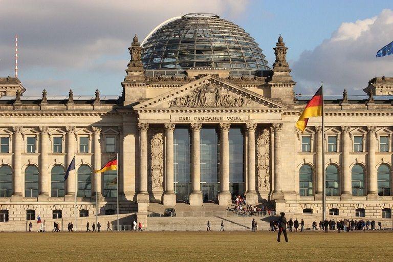 Bijeenkomst 'Staat van Duitsland': Hoe staat Duitsland ervoor in 2016?
