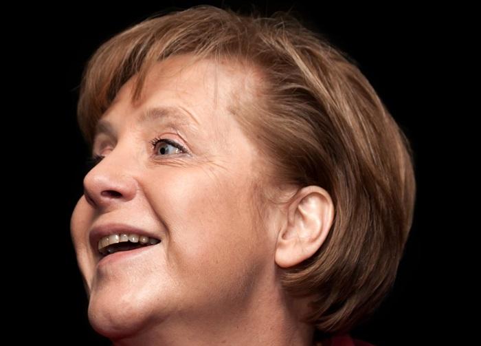 Duitsland Instituut Amsterdam organiseert brievenactie: schrijf een brief aan Angela Merkel