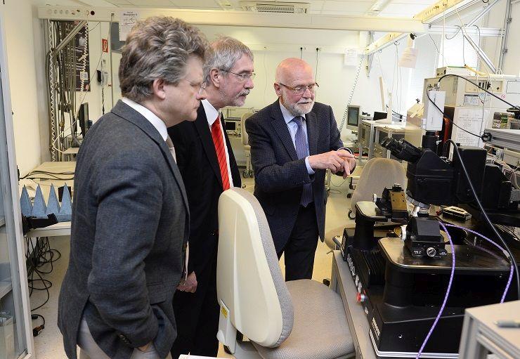 INTERREG-delegatie bezoekt technologieproject in de Euregio Rijn-Waal