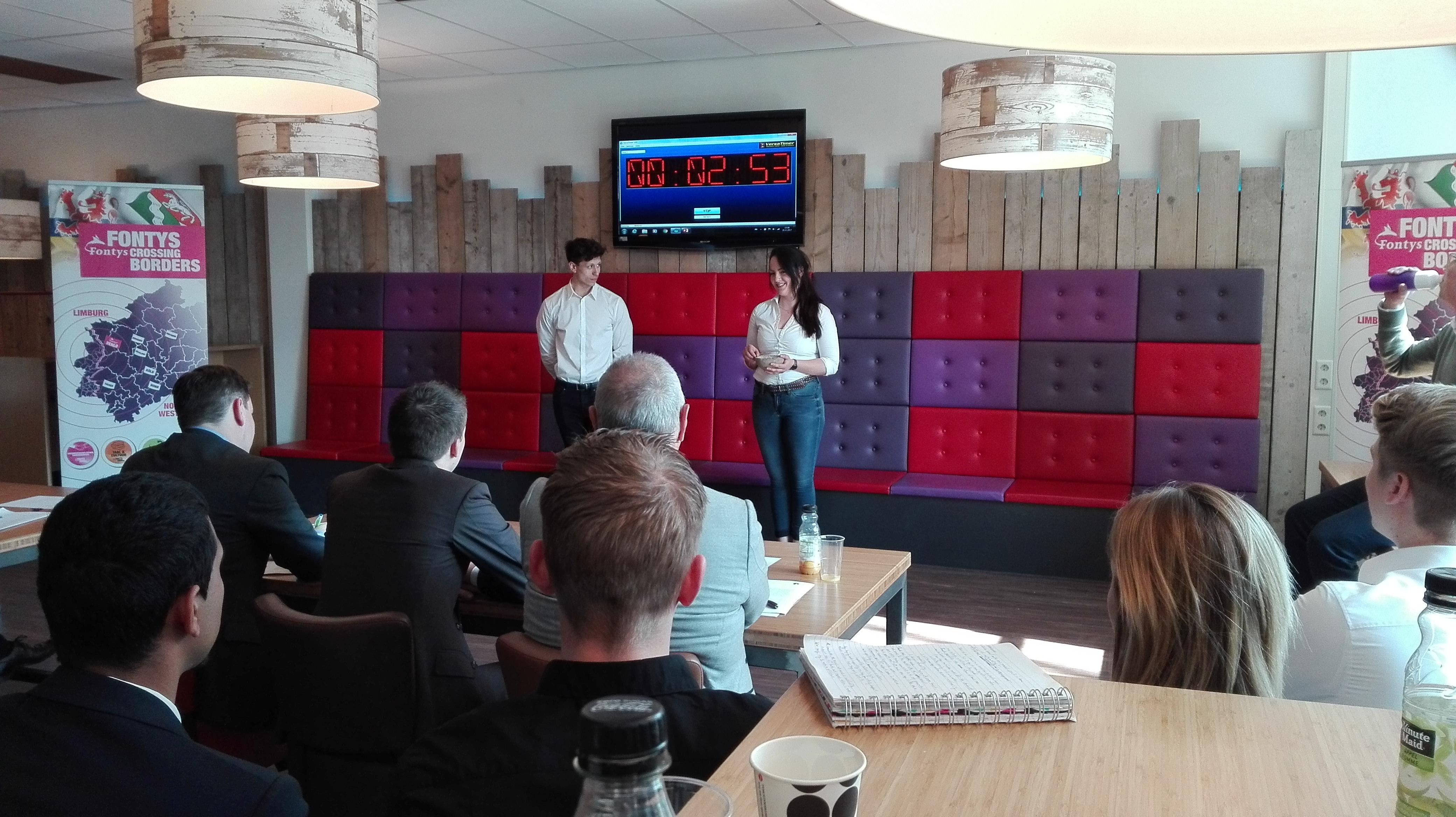 Mini onderneming 'Luna' wint eerste Fontys Crossing Borders Mini Award