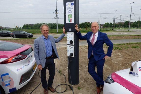 Eerste Smart Trolley Grid laadpaal voor auto's in Arnhem