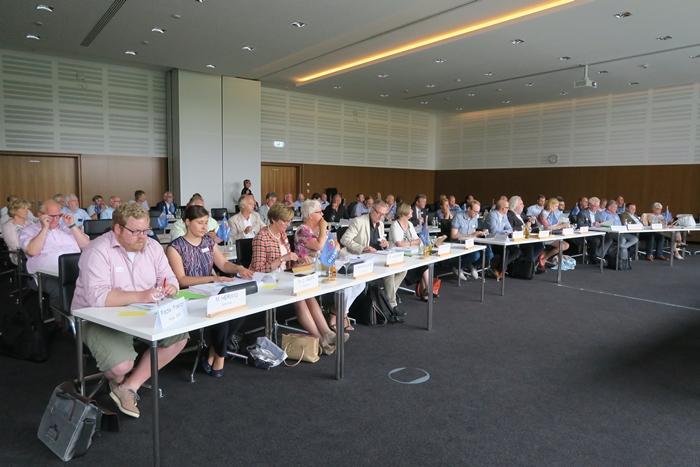 Zweisprachigkeit und gute Erreichbarkeit wichtig für die EUREGIO