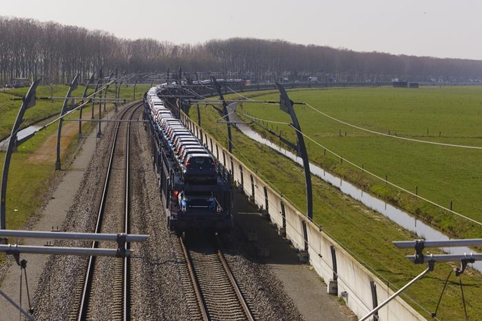 Betuweroute für Rotterdamer Hafen wichtig