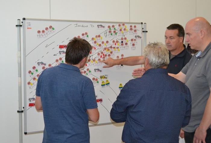 Deutsche und niederländische Rettungskräfte üben gemeinsam