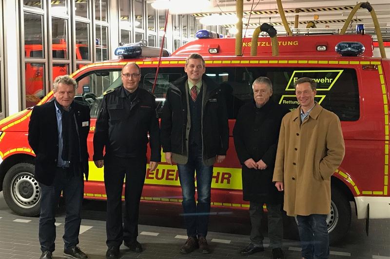 Internationaler Beratungsausschuss besucht Feuerwehr