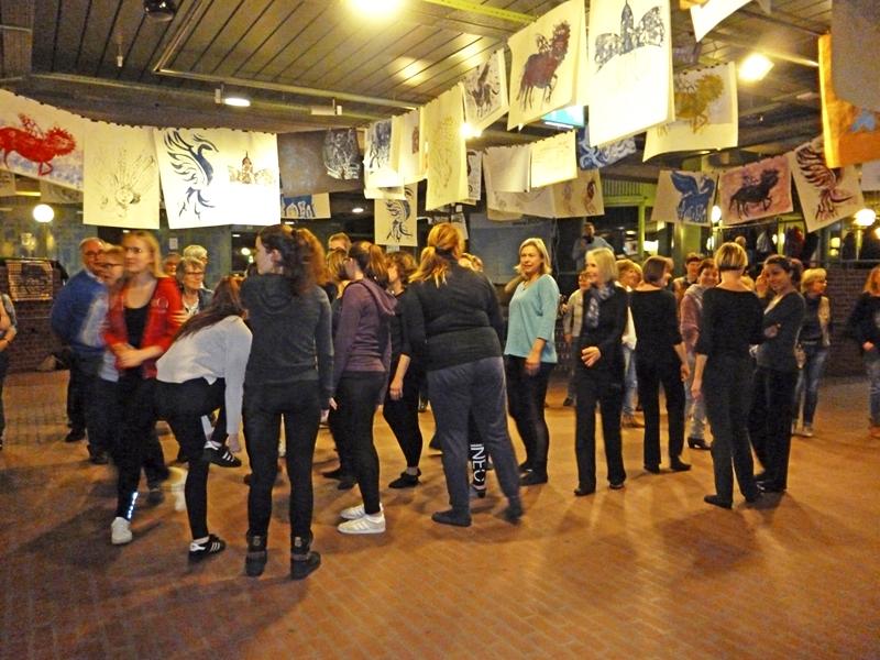 """""""Hallo Europa!"""": ein grenzüberschreitendes Musik- und Tanzprojekt"""