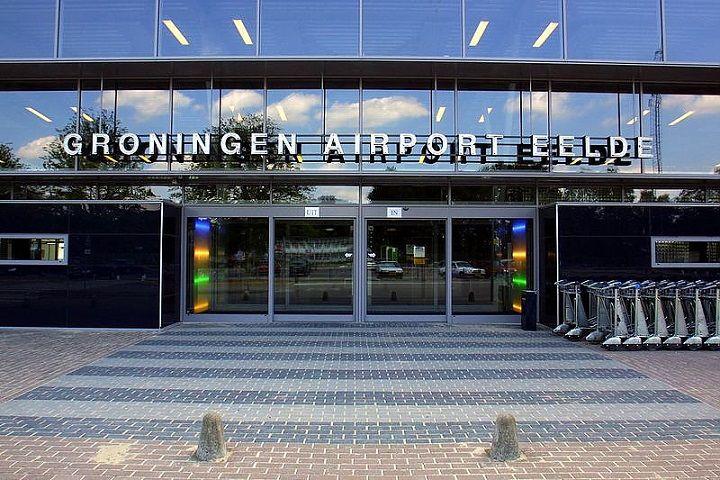 Eerste lijnvlucht van Eelde naar München