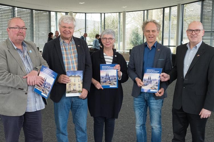 Neue Info-Broschüre für niederländische Arbeitgeber