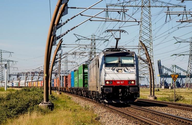 Hafen Rotterdam könnte Marktanteil in Südwestdeutschland erhöhen