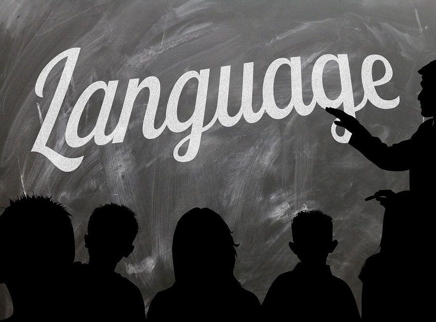 Vreemde talen bijspijkeren tijdens de zomermaanden