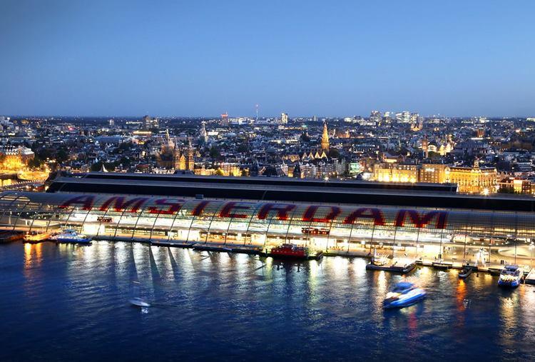Bahnhof-Vergleichsstudie: Amsterdam und Rotterdam schneiden gut ab