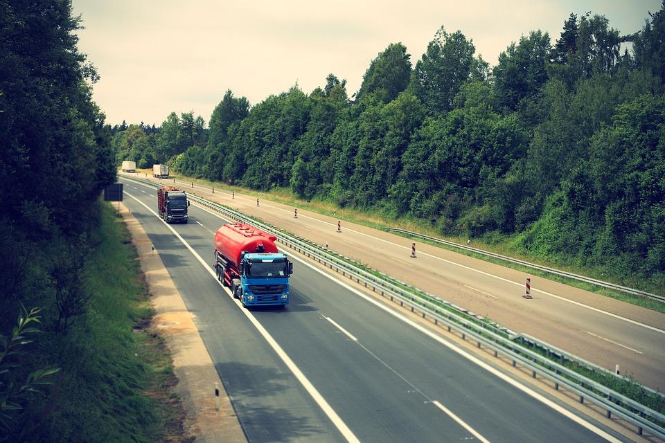 Nederlandse transporteurs betalen fors meer tol in Duitsland