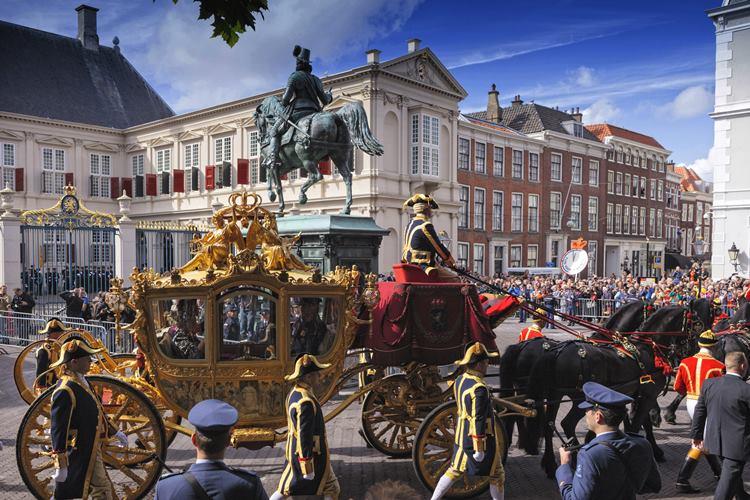 Den Haag, Delft, Apeldoorn und Breda: Royale Geschichte in vier Städten
