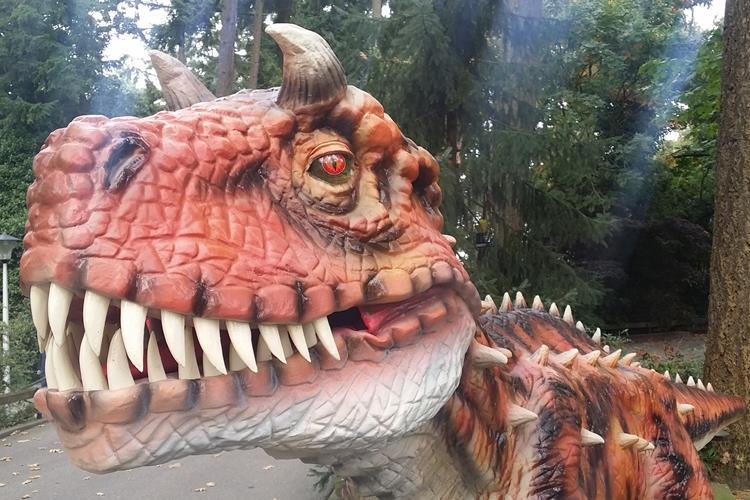 Riesenhafte Dinos im Burgers' Zoo