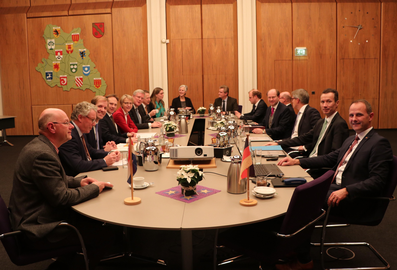 Gezamenlijk memorandum over Nederlands-Duitse samenwerking ondertekend
