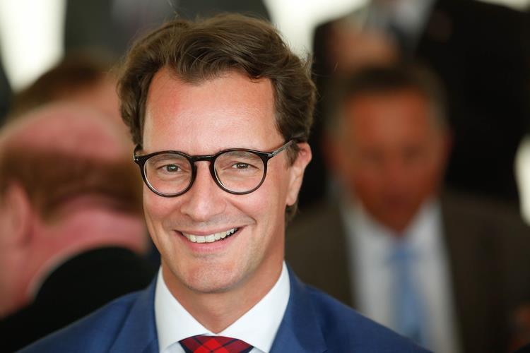 InfraTech 2019 in Rotterdam läuft – NRW-Verkehrsminister Wüst zu Gast