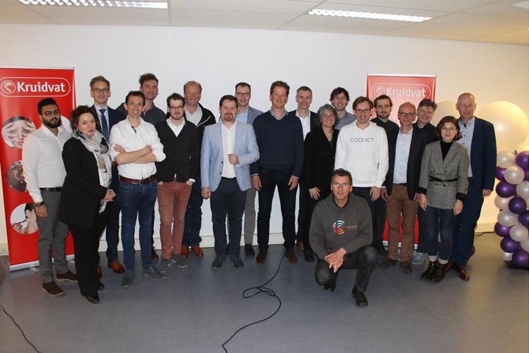 HAN und Partner entwickeln Lkw-Andockassistenzsystem