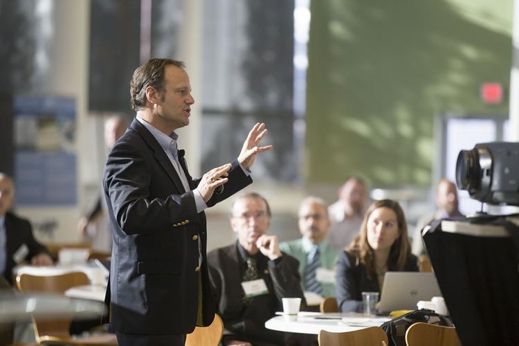 Blog: Präsentieren vor niederländischem Publikum? Bleiben Sie locker!