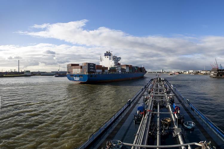 Hafen Rotterdam und Niederrheinhäfen verstärken Kooperation
