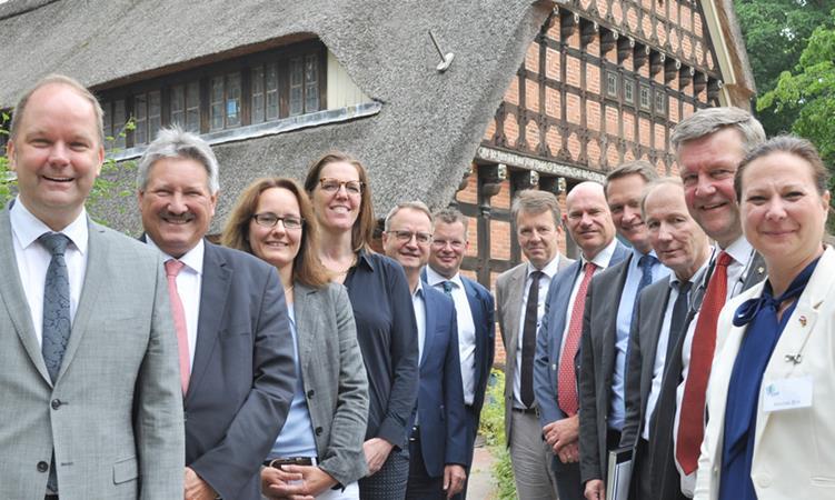 EDR stellt Weichen für künftige grenzübergreifende Zusammenarbeit