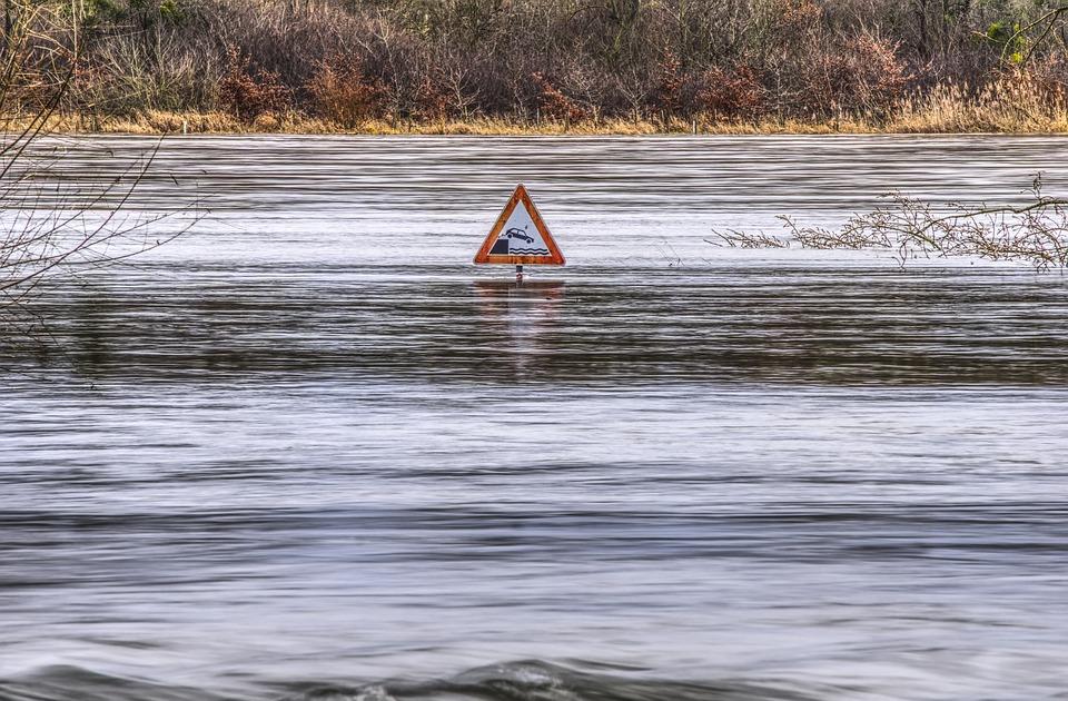 Nederland en NRW blijven samenwerken op gebied van hoogwaterveiligheid