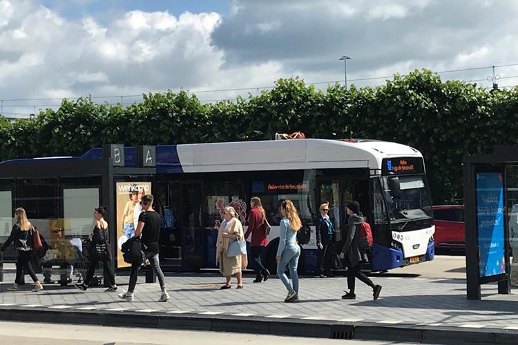 Neue Elektrobusse für DB Arriva in den Niederlanden