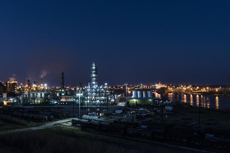 Chemieunternehmen kooperieren grenzüberschreitend