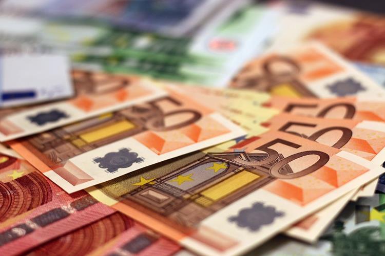 Finanzierung und Unterstützung grenzüberschreitender Aktivitäten