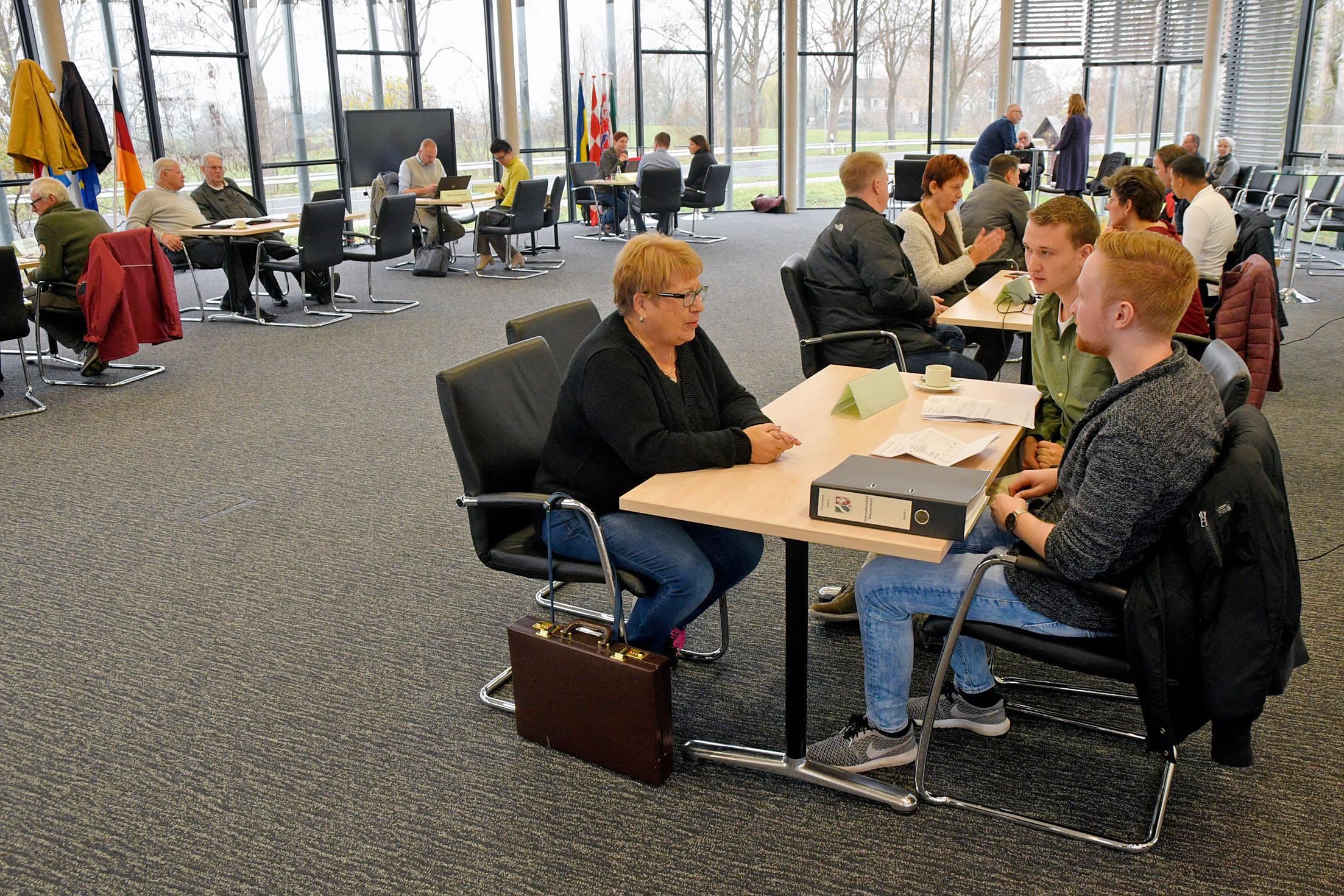 Experts geven advies over wonen en werken in Duitsland