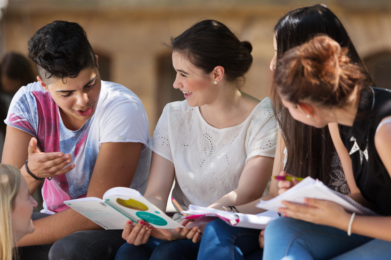 Vragen over vrijheid: Scholenwedstrijd brengt Nederlandse en Duitse scholieren bij elkaar