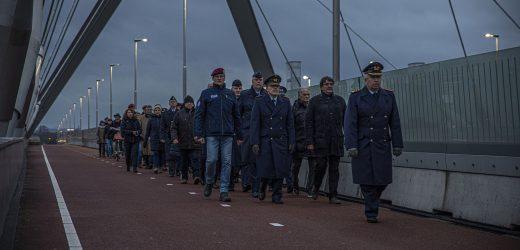 Sunset March zum Gedenken an 75 Jahre Freiheit