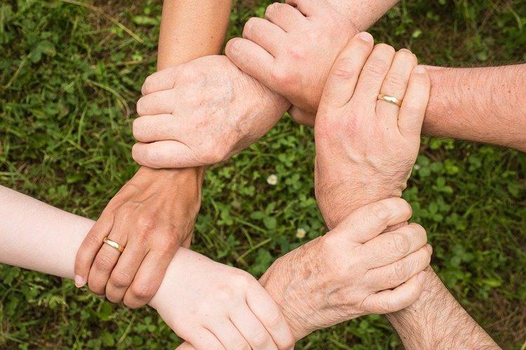 Wettbewerb prämiert Partnerschaften und grenzüberschreitendes Engagement