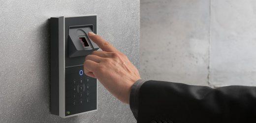 Tijdregistratie door vingerafdruk: toestemming van Duitse medewerker vereist