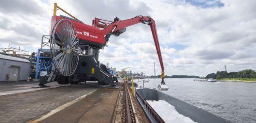 Klimafreundliche Schiffe auf dem Rhein