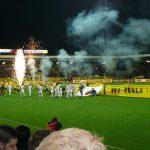 Einlauf der Mannschaften im Stadion der VVV Venlo