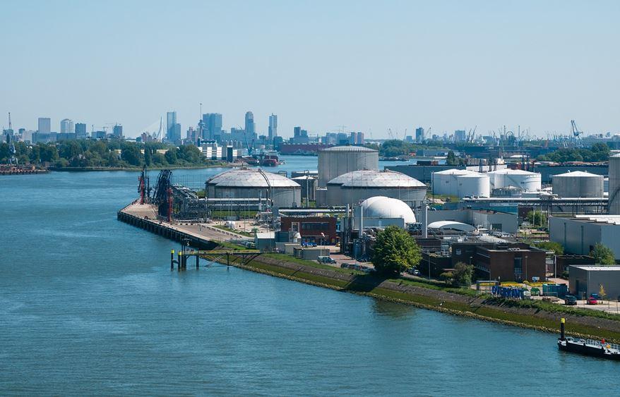 Hafen Rotterdam unterstützt DeltaPort Niederrheinhäfen