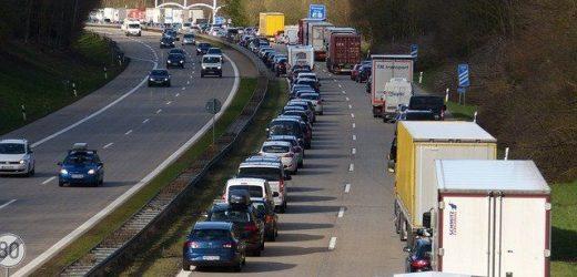Grote vrachtwagencombinaties mogen Duitse grens over