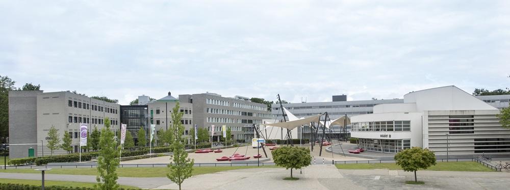Enschede - UT campus. Foto materiaal voor alle algemene middelen t.b.v. brochures, folder materiaal etc. Foto: Rikkert Harink RH20140618